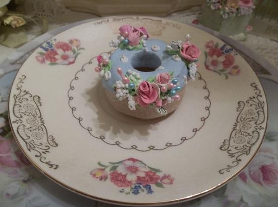 (Dana) Decorated Mini Donut