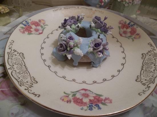 (Violet Sky) Decorated Mini Donut