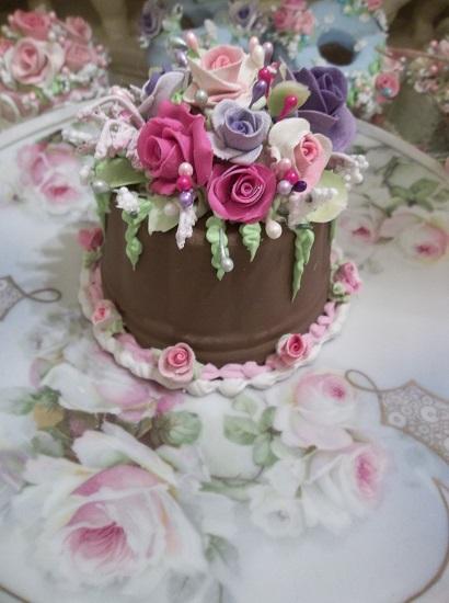 (Chocolate Wonderland) Funky Junk Fake Cake
