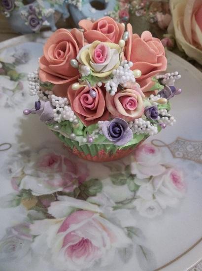 (Lavender In Autumn) Fake Cupcake