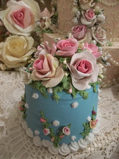 (Karina) Funky Junk Fake Cake