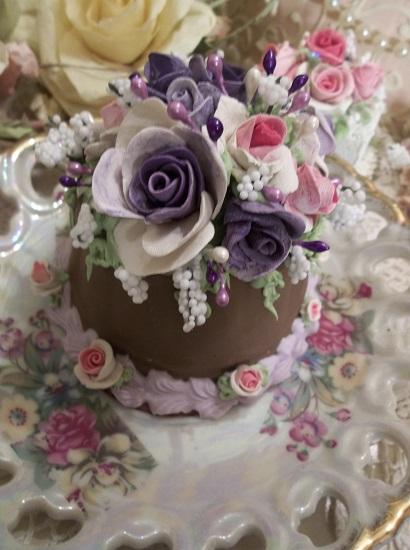(Viola Rosa) Funky Junk Fake Cake