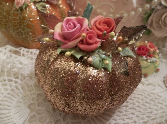(Tricksie) Decorated Foam Glittered Pumpkin