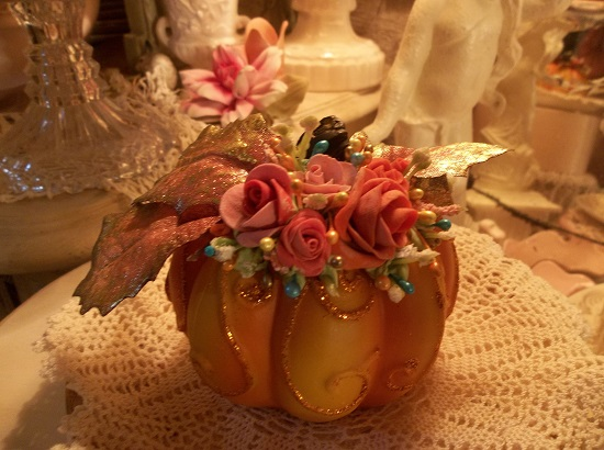 (Falon) Decorated Resin Pumpkin