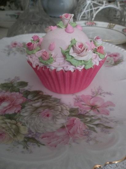 (Bellarella) Fake Cupcake