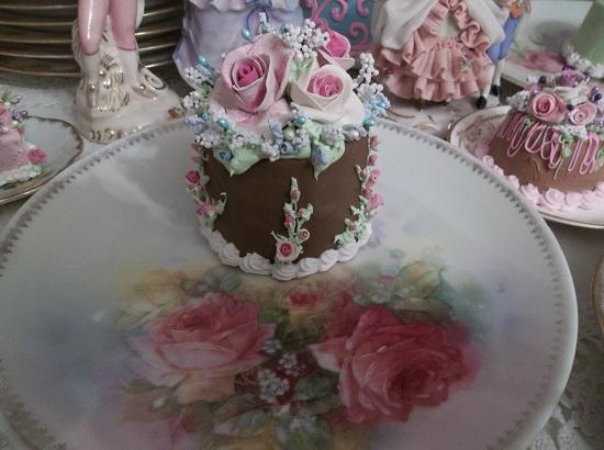 (Marla) Funky Junk Fake Cake