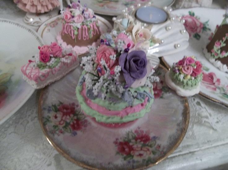 (Summer Circus) Fake Cupcake