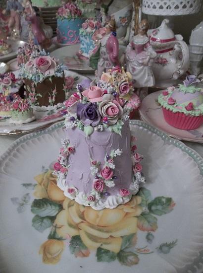 (Lavender Loveliness) Funky Junk Fake Cake