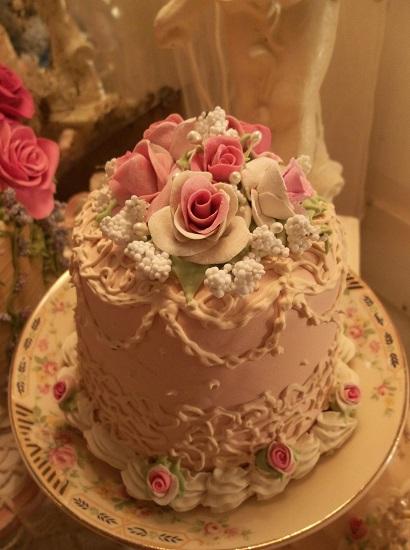 (Lolita) Funky Junk Fake Cake