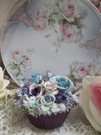 (Iris) Fake Cupcake