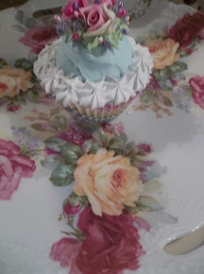 (Wanda) Fake Cupcake