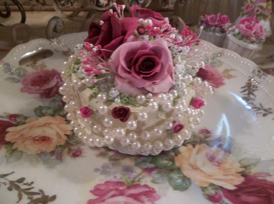 (Pearl Magdalene) Fake Cake