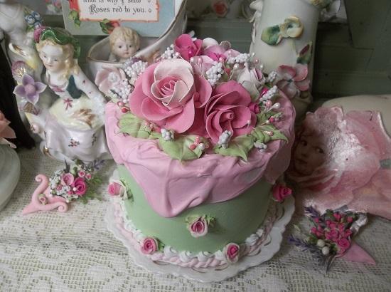 (Cindy Rose) Funky Junk Fake Cake