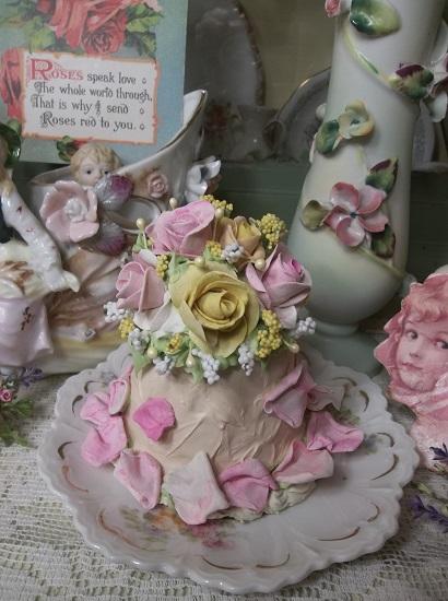(Samantha Sunshine) Funky Junk Fake Cake