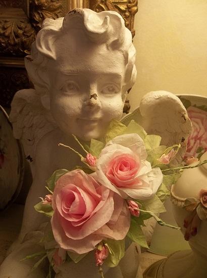 (Vannah) Handmade Paper Rose Clip