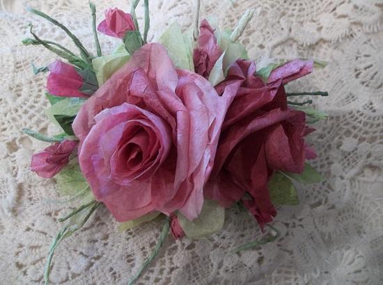 (Victoria Rosita) Handmade Paper Rose Clip