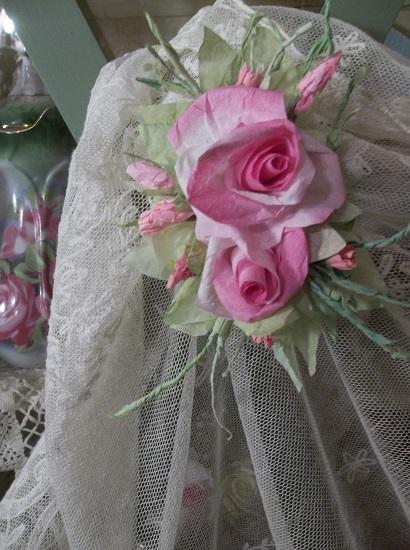 (California Dreamer) Handmade Paper Rose Clip