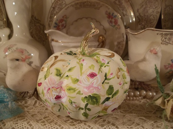 (Hannah's Harvest) Handpainted Fake Pumpkin