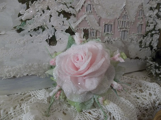(Janus) German Glass Glittered Handmade Paper Rose Clip