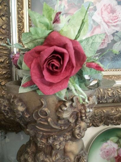 (Ruby Rosa) Handmade Paper Rose Clip