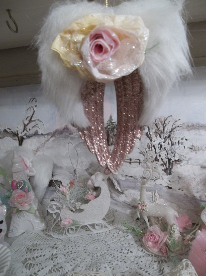 (Sparkles) Angel Wings Ornament With Glittered Paper Roses