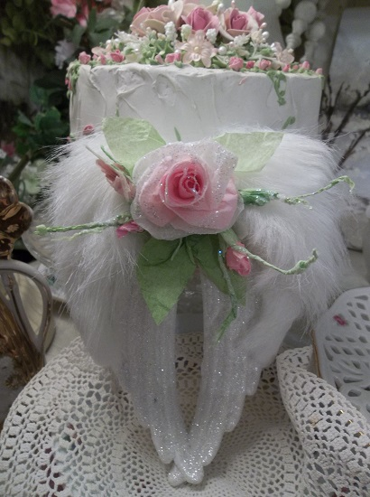 (Delilah) Angel Wings Ornament With Glittered Paper Roses