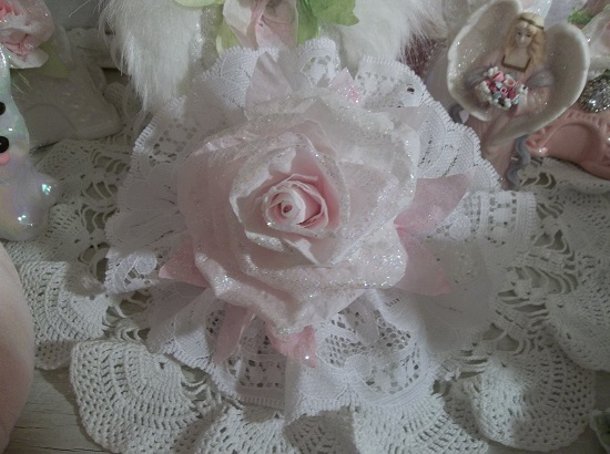 (Lacy Lucinda) Lace And Rose Christmas/ Valentine Decor