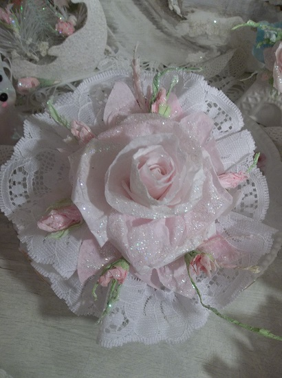 (Rose Bud) Lace And Rose Christmas/ Valentine Decor