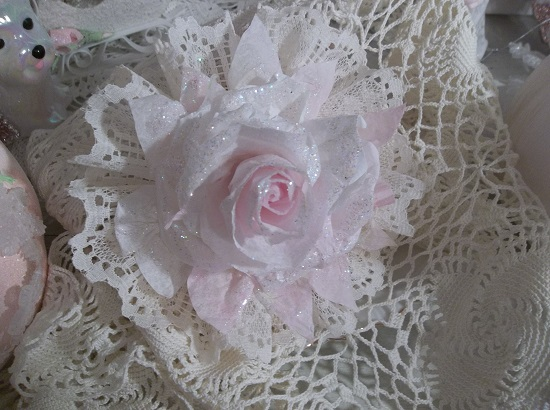 (Darby) Ivory  Lace And Glittered Rose Christmas/ Valentine Decor