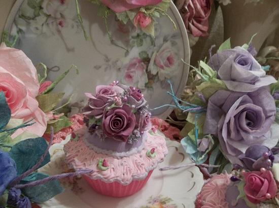 (La Donna) Fake Cupcake