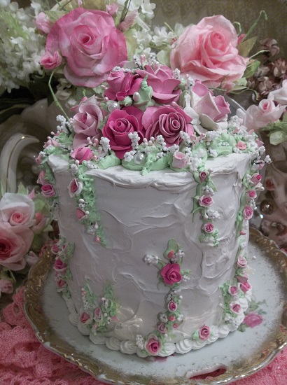 (Once In A Pink Moon) Funky Junk Fake Cake