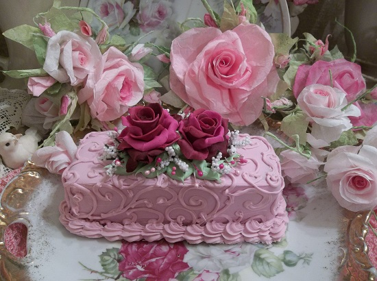(Pink Christmas Cake) Funky Junk Fake Cake