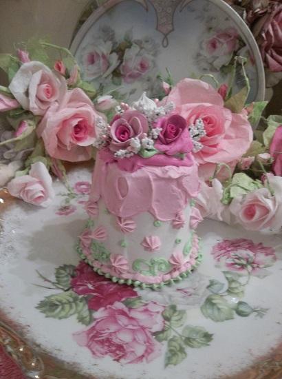 (Katherine Anne) Funky Junk Fake Cake