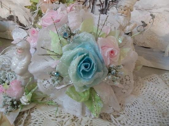 (Beautiful Christmastime) Lace And Rose Christmas/ Valentine Decor