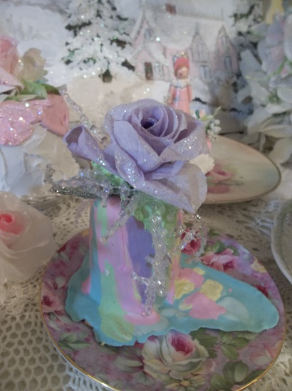 (The Frost Bitten Rose On A Melted Unicorn) Funky Junk Fake Christmas Cake