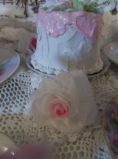 (Leena) Glittered Handmade Paper Rose