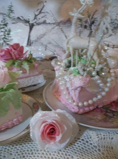 (Tildina) Glittered Handmade Paper Rose