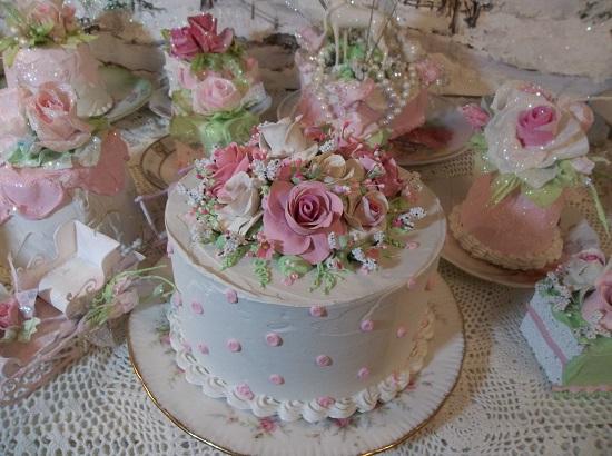 (Melody) Fake Cake
