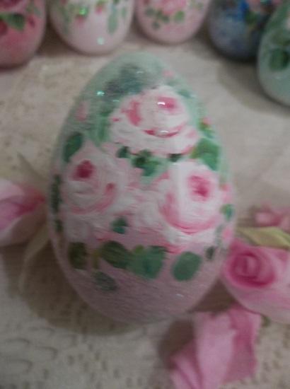(Vintage Easter Time) Handpainted Fake Egg