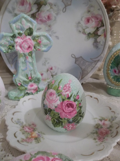 (Easter Joy) Handpainted And Glittered Ceramic Egg