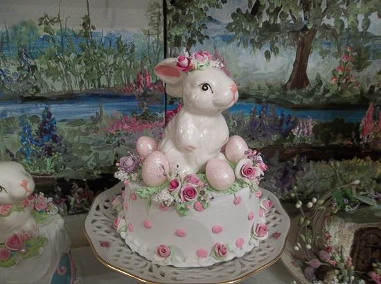 (River Bank Bunny) Funky Junk Fake Cake