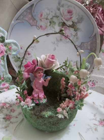 (Fairy Teacup Garden) Decorated Teacup Insert