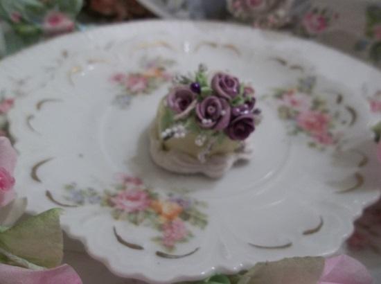 (Pansy Sunshine) Doll House Sized Fake Cake