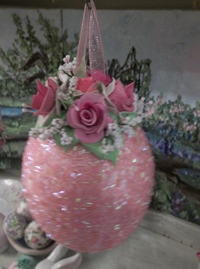 (Patrica) Decorated Hanging Foam Egg
