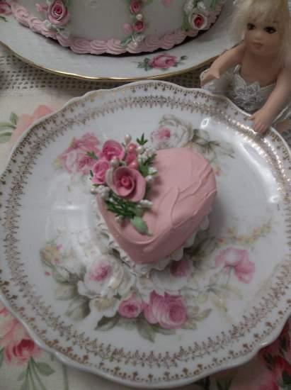 (Laurell) Mini Marvel Small Heart Cake