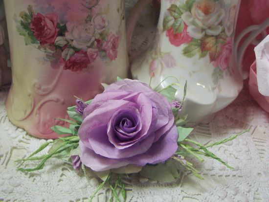 (Bambi rc) Victorian Paper Rose Clip Lamp Decor Chic n Shabby
