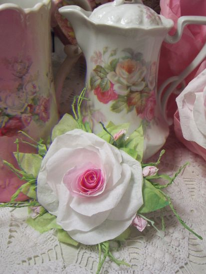 (Franshesca rc) Victorian Paper Rose Clip Lamp Decor Chic n Shabby