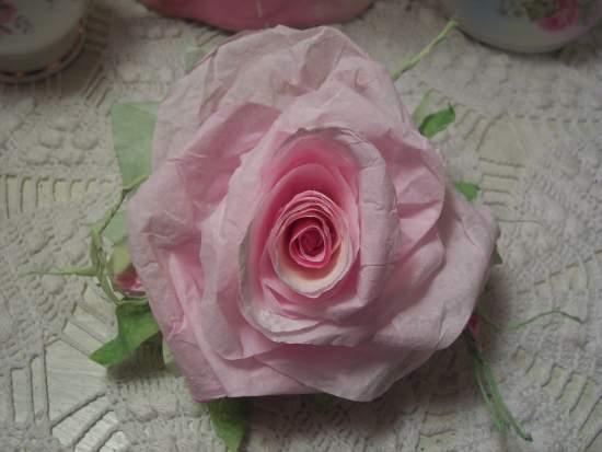 (Berretta Rosetta) paper rose clip