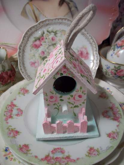 (Rose Cottage BH)  Handpainted Bird House