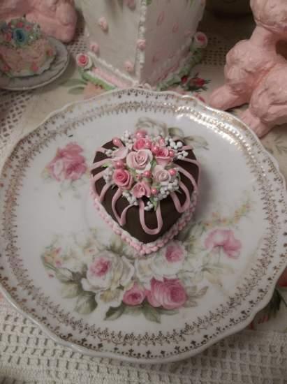 (Chocolate Heart) Mini Marvel Cake